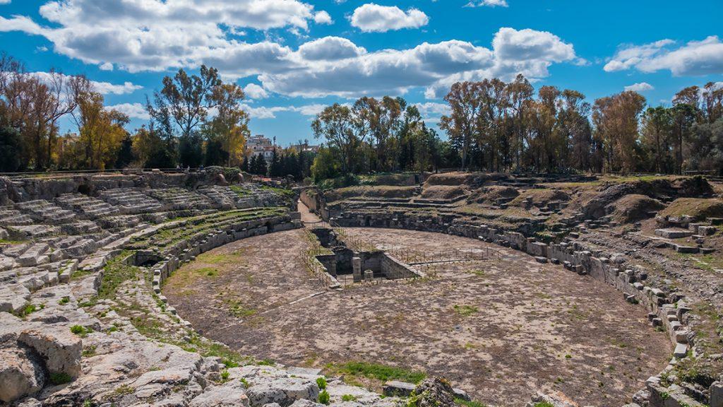 L'anfiteatro romano nel Parco Archeologico della Neapolis di Siracusa