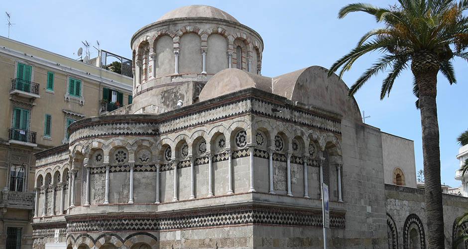 Facciata della chiesa dei Catalani di Messina