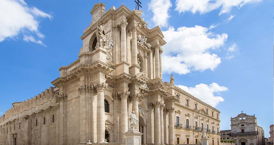 Facciata della splendida Cattedrale di Siracusa