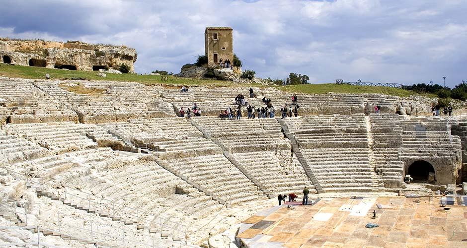 Teatro greco di Siracusa all'interno del Parco Archeologico della Neapolis
