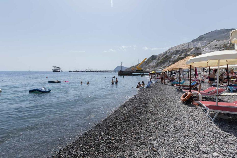 Spiaggia di Porticello sull'isola di Lipari