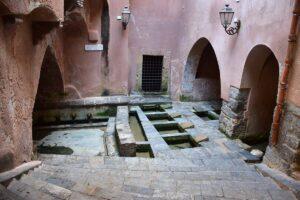 Antico lavatoio medievale di Cefalù