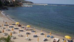 Spiaggia di Cala Petrolo a Castellammare del Golfo